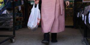 PAGEV: Salgın bitene kadar market poşetleri ücretsiz olsun
