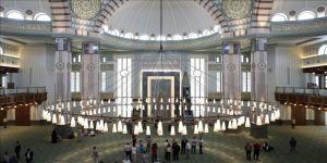 Beştepe Millet Camisi'nde az sayıda katılımla cuma namazı kılınacak