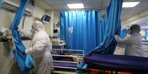 İran'da Kovid-19'u yenen 102 yaşındaki hasta taburcu edildi