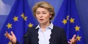 AB Komisyonu Başkanı Leyen: AB, koronavirüs krizinin başlangıcında 'boşlukta' kaldı