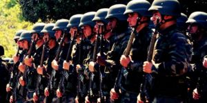 """""""11 askerin koronavirüse yakalandığı"""" haberlerine Valilik'den açıklama"""