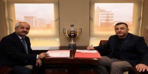 Gebze Belediyesi'nde toplu iş sözleşmesi imzaları atıldı
