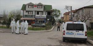 Sakarya'da bir sokak koronavirüs tedbirleri kapsamında karantinaya alındı
