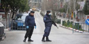 Filistin'de koronavirüsten nedeniyle ilan edilen OHAL uzatıldı