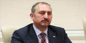 Adalet Bakanı Gül'den '5 Nisan Avukatlar Günü' mesajı