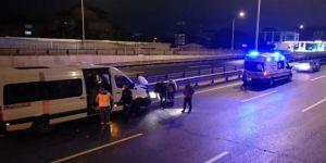 Gebze'de servis minibüsü kaza yaptı !