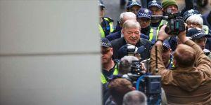 Avustralya Yüksek Mahkemesi George Pell'in cinsel taciz mahkumiyetini bozdu