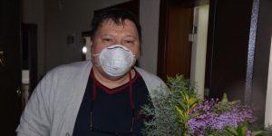 Kahramanmaraş'ta koronavirüsü yenen 55 yaşındaki KOAH hastası taburcu edildi