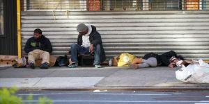 Kovid-19 salgınının merkezi New York'ta evsizler hala sokaklarda