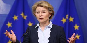 AB Komisyonu Başkanı'ndan 'İtalya'ya yardım etmedik' itirafı
