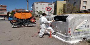 Gebze'de Çöp Konteynerleri Dezenfekte Ediliyor