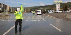 'Türkiye Güven Huzur' uygulamasında 8 bin 893 kişiye idari ve adli işlem yapıldı