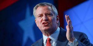 New York Belediye Başkanından Trump'a: New York için 'Bırakın ölsün' mü diyorsun?
