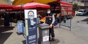 Gebze'de pazarlara atık kutusu yerleştirildi