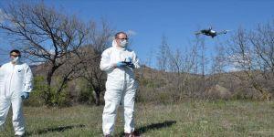 Çiftçilerin sosyal mesafesi drone ile denetleniyor