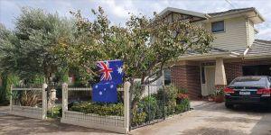 Avustralyalılar Anzak Günü'nde atalarını evlerinde andı
