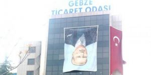Gebze Ticaret Odası ATATÜRK' ün posterinin  ters asıldığı haberlerine açıklama yaptı
