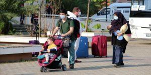 Malezya'dan gelen 87 kişi Aydın'da öğrenci yurduna yerleştirildi