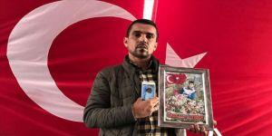 HDP önünde eylem yapan babanın evlat sevinci