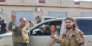 Libya'da Trablus'a karşı isyan cephesinde bölünme işaretleri