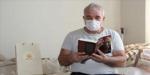 Yurtlarda gözetim altında kalanlar zamanlarını kitap okuyarak değerlendiriyor