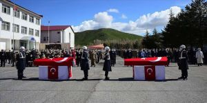 Bitlis'te şehit olan iki asker için tören düzenlendi