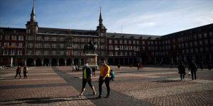 İspanya'da Kovid-19'dan son 24 saatte 164 kişi öldü