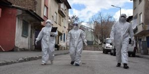 Koronavirüsün izini süren 'sağlık dedektifleri' yoğun mesaide