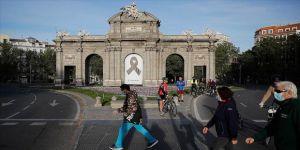İspanya'da Kovid-19 kaynaklı can kaybı 25 bin 857'ye yükseldi