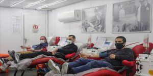 ÖNDER'den Türk Kızılay'ın kan bağışı kampanyasına destek