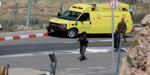 İsrail askerleri Batı Şeria'da iki Filistinliyi yaraladı