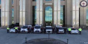 Erzurum polisinden 'Hele dadaş evde kal, korona var, virüs var' türküsüyle 'evde kal' çağrısı