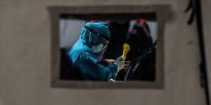 Dünya Sağlık Örgütünden 'Kovid-19'un HIV gibi kalıcı olabileceği' uyarısı