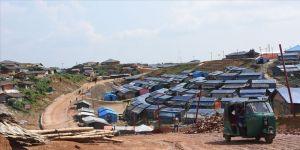 Bangladeş'te Arakanlı Müslümanların yaşadığı kamplarda ilk Kovid-19 vakası görüldü