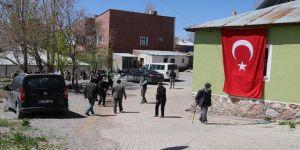 Van'da katledilen 9 çocuk babası belediye çalışanı yardımseverliğiyle gönüllerde taht kurmuş