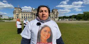 PKK tarafından kızı kaçırılan Maide T. Alman Meclisi önündeki eylemine devam etti