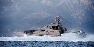 Umman Sahil Güvenlik Komutanlığı için üretilen 2 bot denize indirildi