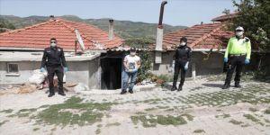 Manisa'da polisten down sendromlu İbrahim'e sürpriz ziyaret