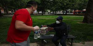 Washington DC Fenerbahçeliler Derneği evsizlere yemek dağıttı