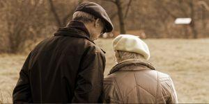 65 yaş üstü vatandaşların sokağa çıkma saatleri değişti