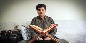 Kuran okuma yarışmasının 15 yaşındaki finalisti imam olmak istiyor