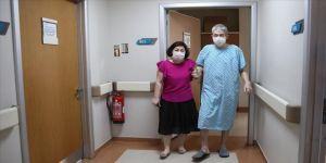 'Yürüyemez' raporlu Kazak iş adamı, Türkiye'deki tedaviyle sağlığına kavuştu