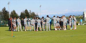 Trabzonspor'da teknik heyet ve sporcular dördüncü kez Kovid-19 testinden geçti