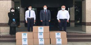 Kocaeli Üniversitesi'ne 7.000 cerrahi maske teslim edildi