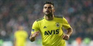 Fenerbahçeli futbolcu Deniz Türüç: Kupayı kaldırmak istiyoruz