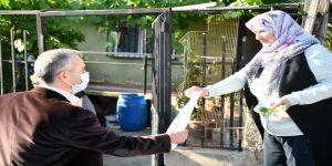 Başkan Çiftçi, 65 yaş üstü vatandaşlarla bayramlaştı