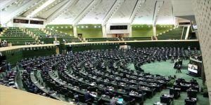 İran'da muhafazakar siyasetçi Kalibaf, Meclis Başkanı seçildi
