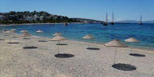 Bodrum'un ünlü plajlarında deniz keyfi 'sosyal mesafeli' olacak
