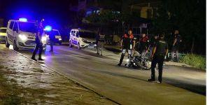 Silahlı kavga ihbarına giden Yunus ekibine zanlıların minibüsü çarptı: 2'si polis 7 yaralı