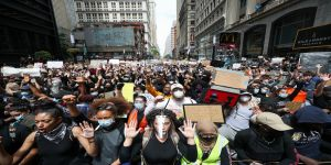 ABD'de ülke geneline yayılan ırkçılık karşıtı 'George Floyd protestoları' durulmuyor